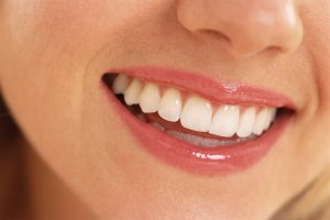 10 Food Items that can Brighten up Your Smile