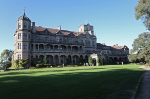 Buildings in Shimla : docsity.com : A Travel Guide