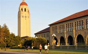 Choosing an American or British University