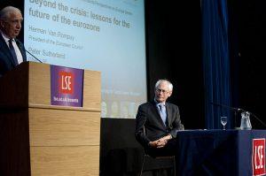 Get in the London School of Economics: how to succeed!