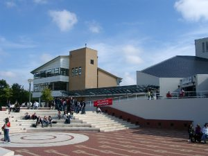 Entry Requirements for the University of Warwick: 3 Tips for the Admission Exam