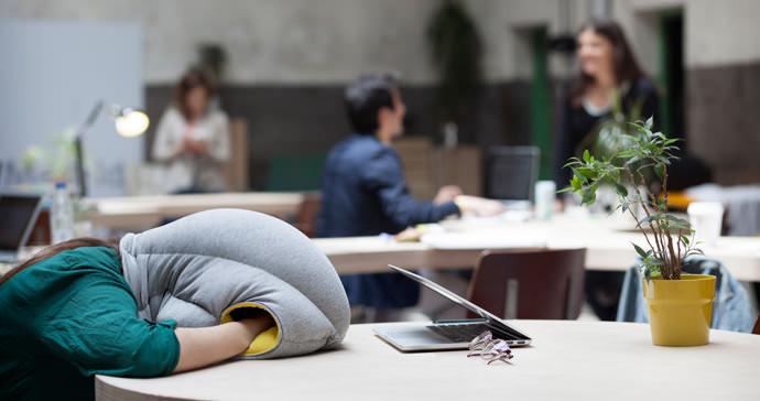 almohada-siesta-regalos-navidad-estudiantes-arquitectura-arquitectos-docsity