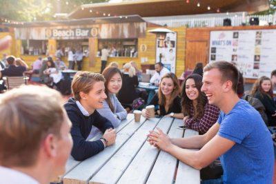 Desmontando 7 mitos sobre aprender inglés en el extranjero